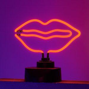RED LIPS Neonové světlo