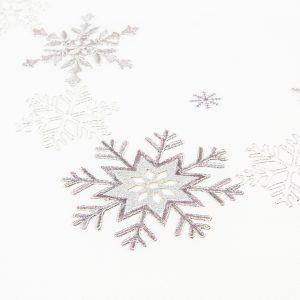 Forbyt Vánoční ubrus Vločky stříbrná