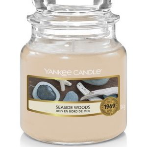 Malá vonná svíčka Yankee Candle Seaside Woods