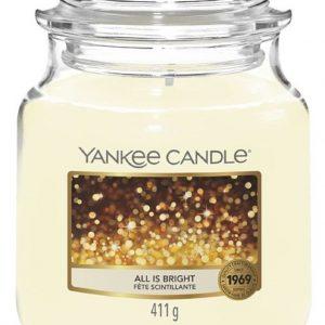 Střední vonná svíčka Yankee Candle All is Bright
